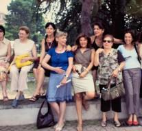 Anna Vetulli è la prima sul muretto da sinistra